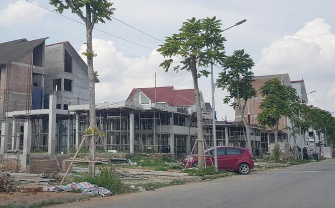 bietthu2 1 - Sớm xử lý nhà liền kề, biệt thự bỏ hoang